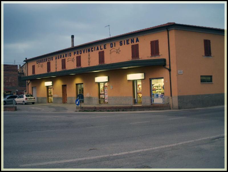 Negozi di Montepulciano Scalo